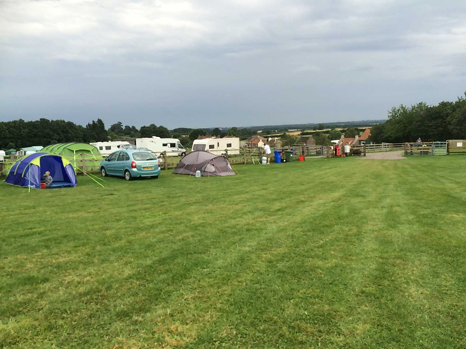 Camping and Caravanning in the rolling Yorkshire Wolds